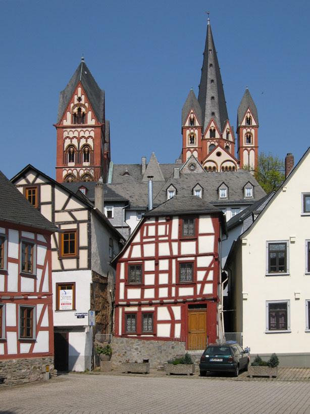 Fachwerkbauten in limburg an der lahn for Fachwerkbauten deutschland